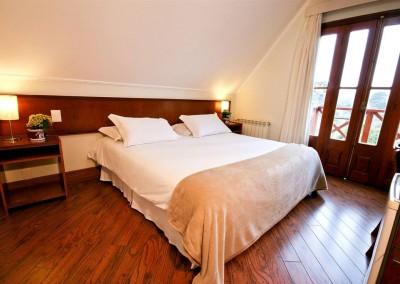 Apartamento Luxo Andar Superior - Pousada Campos de Provence
