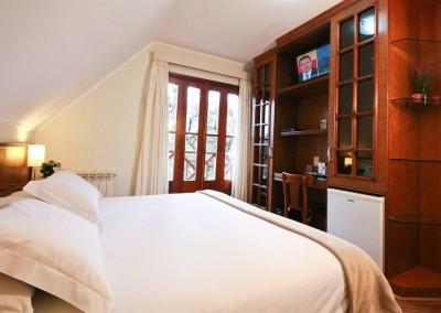Vista Apartamento Luxo Andar Superior - Pousada Campos de Provence
